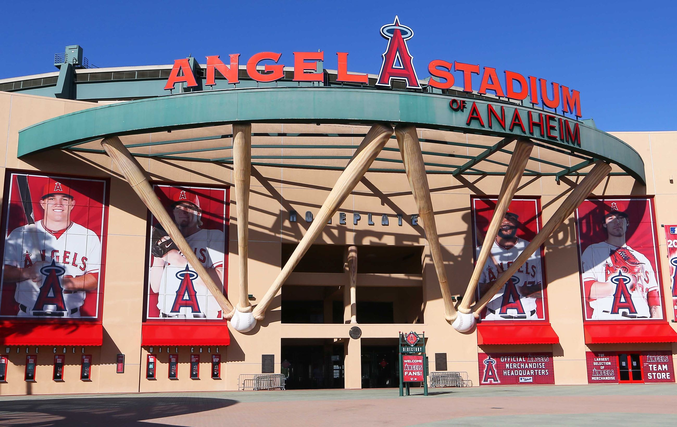 Angels Stay in Anaheim For Next 30 Years (VIDEO)